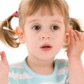 Cleaning Your Kids Ears: Are Q-Tips Safe?